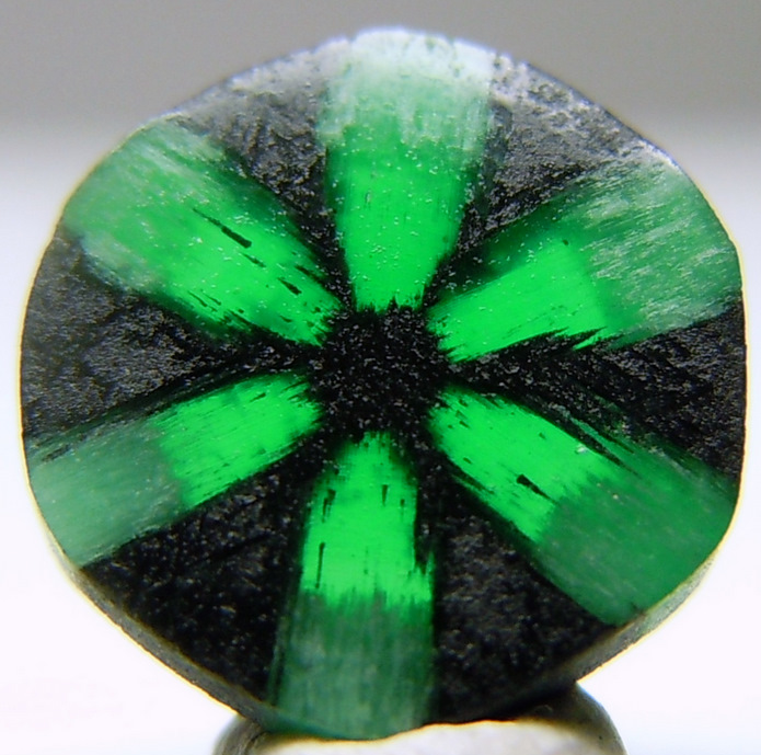 Emerald has great benefits for the mental faculties and helps with memory retention. -- Emerald Gemstone Benefits and Uses