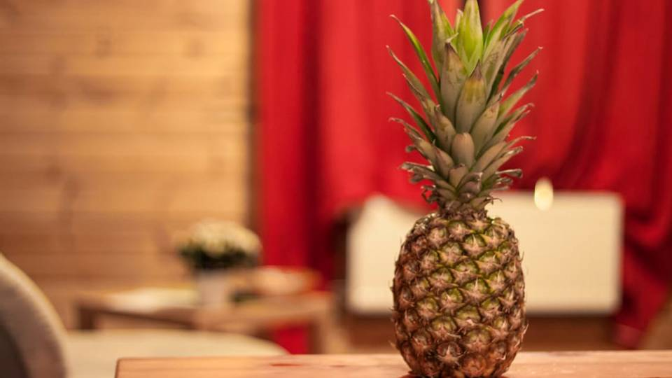 Pineapples Are Symbolic Of Hospitality And Warmth. They Express The  Sentiments Of U201cwelcome,