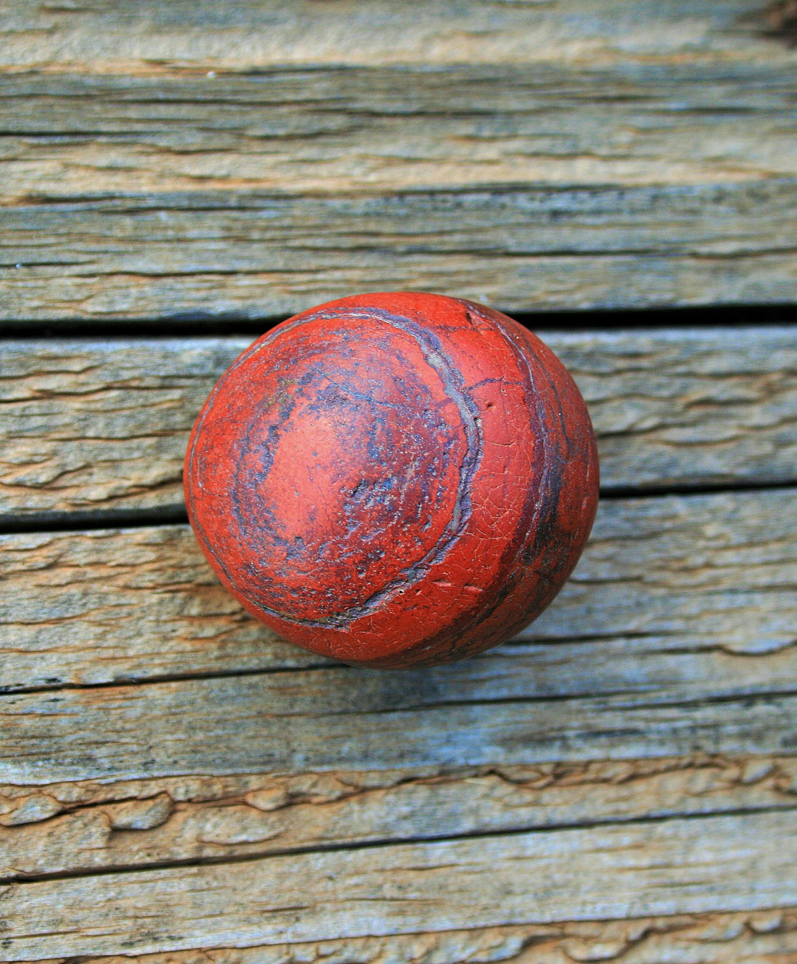 Use Red Jasper to embolden and strengthen courage.  It can bolster fortitude and confidence as well, which makes it handy when needing to settle upon an important decision, or when trying to overcome a daunting obstacle. -- Red Jasper Meaning and Uses