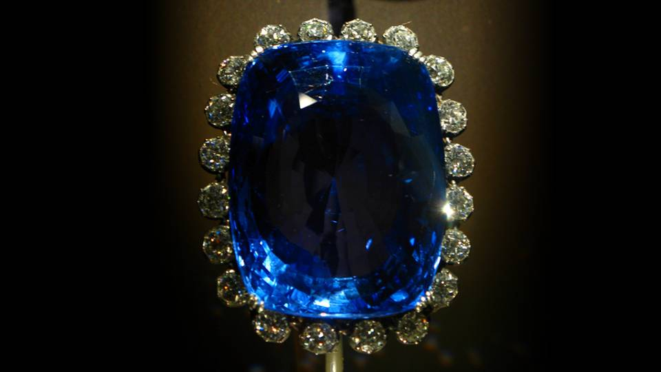 The Heaven S Stone Sapphire Stone Meaning And Uses